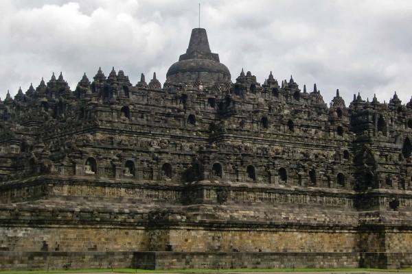 Borobudur - foto © 2013 Rie Kitade